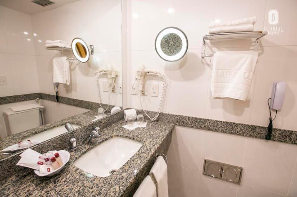 Banheiro do Scorial Rio Hotel